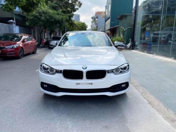 Xe ô tô BMW cũ chính hãng