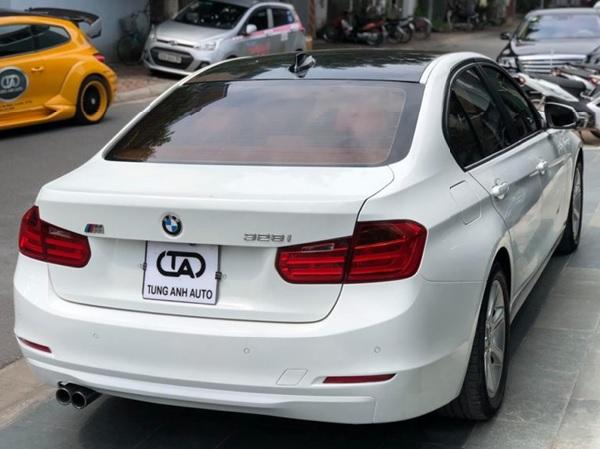 """Xe ô tô BMW dòng """"i''"""